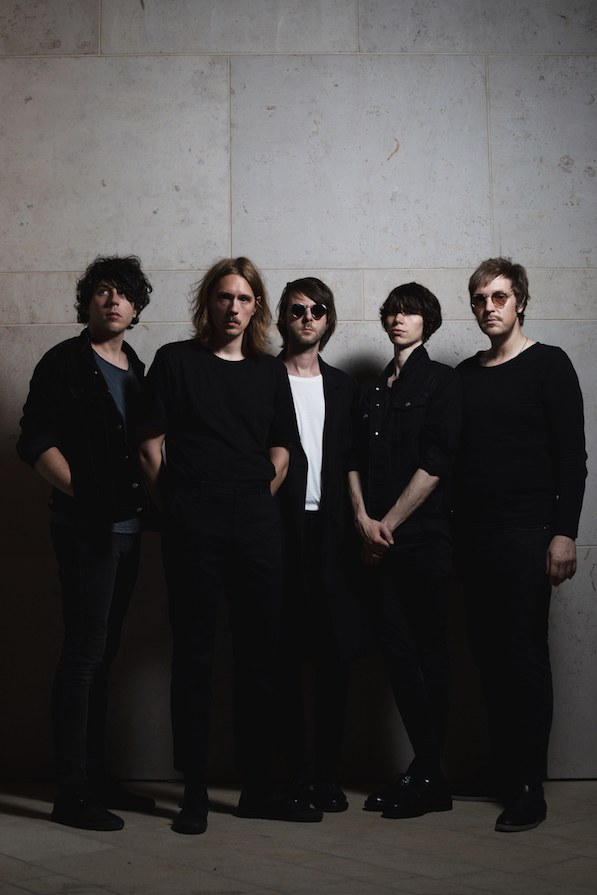 Holygram Debütalbum Modern Cults
