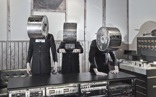 Cleaning Women: das neue Album, gemixt von Alexander Hacke