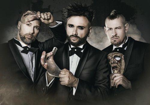 """Oomph! veröffentlichen Musikvideo zu """"Im Namen des Vaters"""""""
