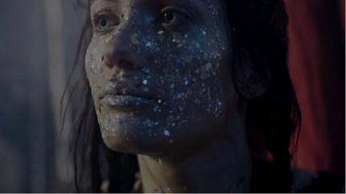 """So human of you"": Das neue Musikvideo von Shireen"