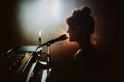 June Cocó veröffentlicht zweites Album...