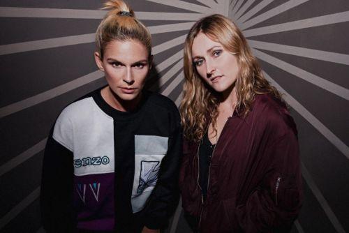Lina & Gwen Wayne veröffentlichen...