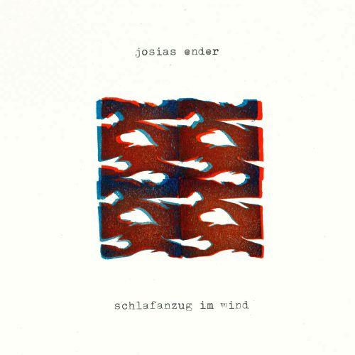 Josias Ender Schlafanzug im Wind