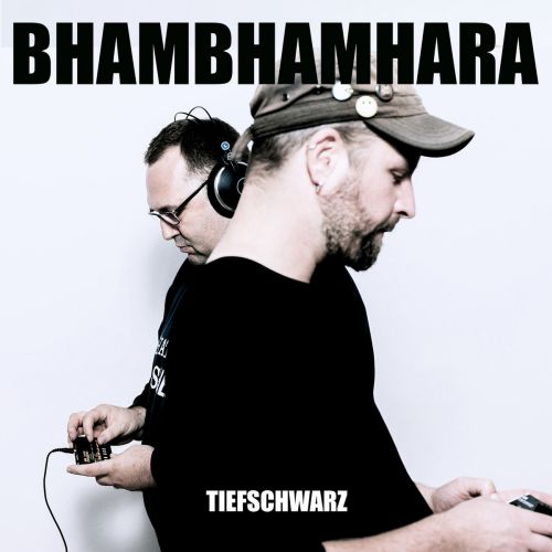 Bhambhamhara sind Tiefschwarz