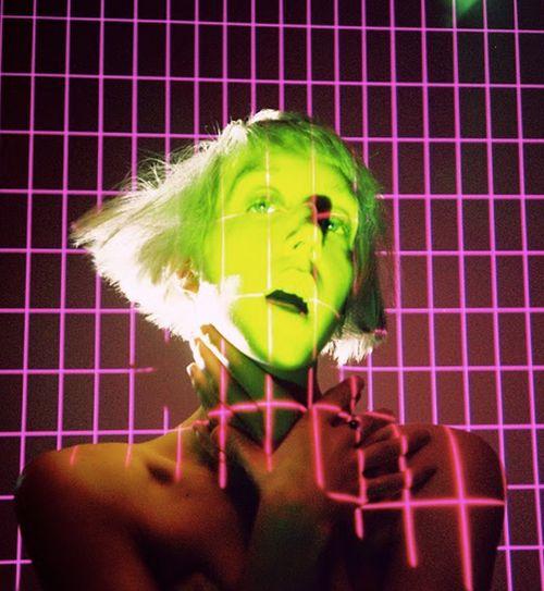 """Rare DM aus Brooklyn: Fantastisches Video zur neuen Single """"Send Nudes"""""""